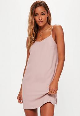 Różowa luźna sukienka na ramiączkach