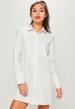 Biała sukienka koszulowa zapinana na guziki
