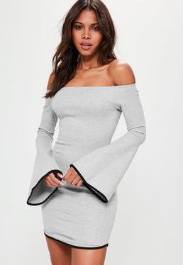 Szara sukienka z dżerseju z rozkloszowanymi rękawami
