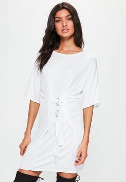 Biała owersajzowa sukienka t-shirt z gorsetowym zapięciem
