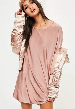 Różowa owersajzowa sukienka