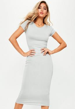 Szara sukienka midi z krótkimi rękawami