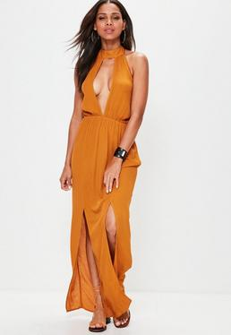 Pomarańczowa muślinowa sukienka maxi z rozcięciem na dekolcie