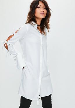 Biała sukienka koszulowa z wycięciami na rękawach