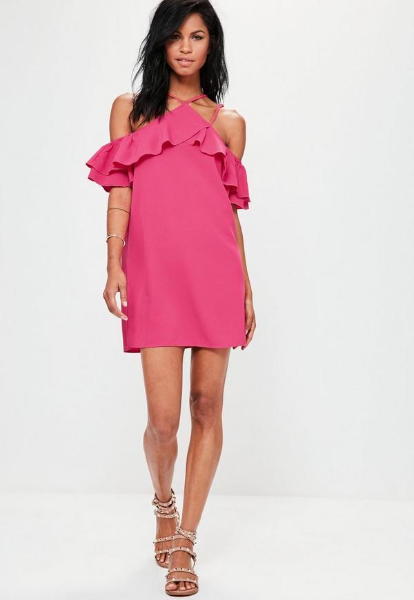 Vestido con vuelo de hombros descubiertos con volantes en rosa ...