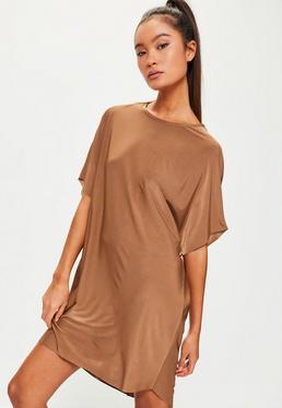 Lässiges Oversize Kurzarm-Shirtkleid in goldenem Braun