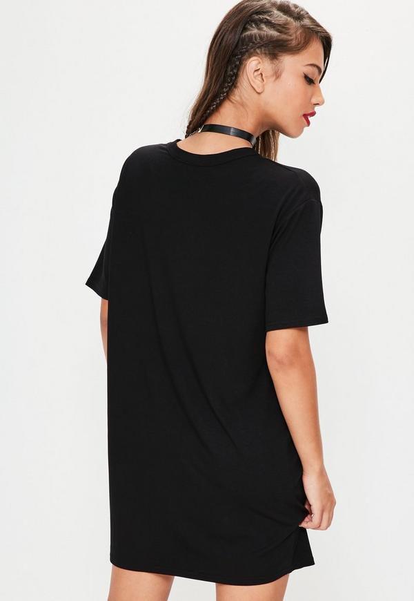 weites grafik duo t shirt kleid in schwarz missguided. Black Bedroom Furniture Sets. Home Design Ideas