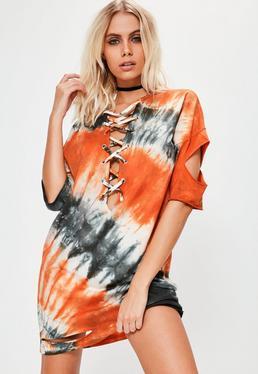 Vestido con entrelazado de estampado tie dye en naranja