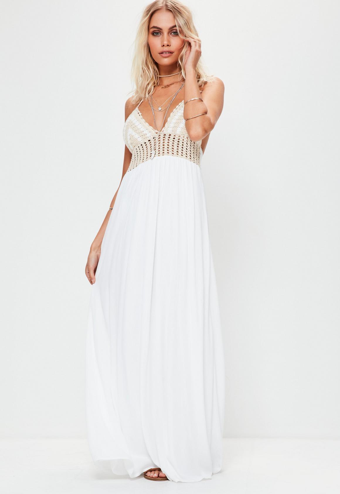 White dress crochet - Previous Next