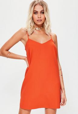 Pomarańczowa luźna sukienka na ramiączkach