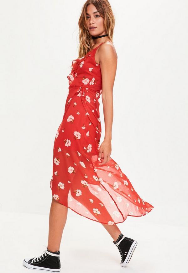 robe portefeuille rouge froufrous imprim fleuri missguided. Black Bedroom Furniture Sets. Home Design Ideas
