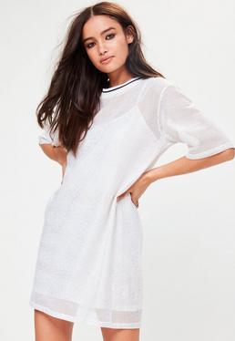 Weißes Metallic T-Shirtkleid