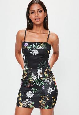 Vestido mini de tirantes scuba con estampado floral en negro