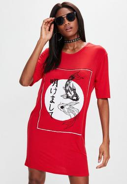 Red Oversized Chinese Graphic T-shirt Dress