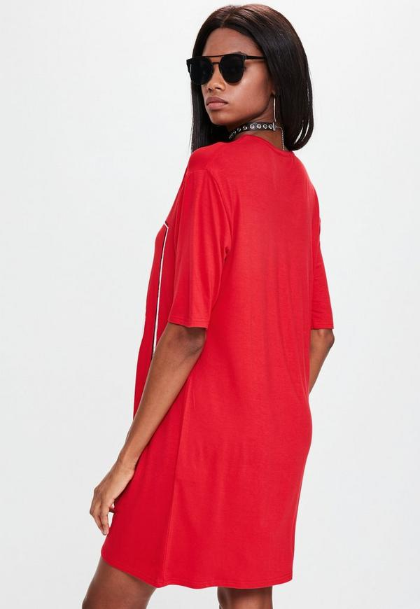 Red Oversized Japanese Graphic T-shirt Dress | Missguided