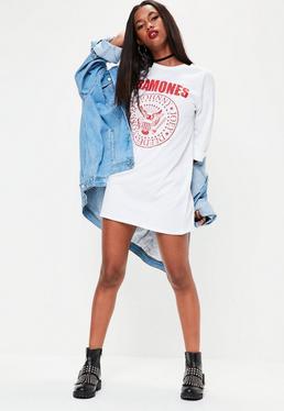 Vestido camiseta oversize con eslogan Ramones en blanco