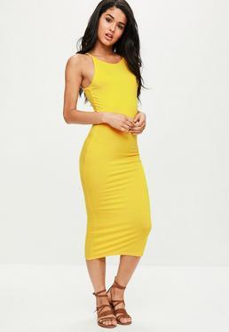 Żółta dopasowana sukienka midi