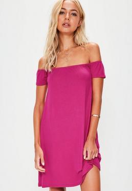 Różowa luźna sukienka bardot
