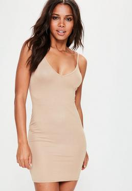 V Neck Dresses & Plunge Neck - Missguided
