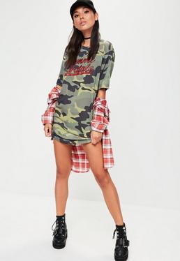 Robe T-shirt verte camouflage imprimé Femme Fatale