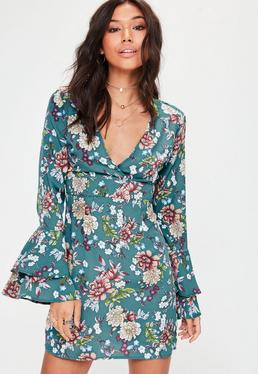 Green Floral Plunge Flare Sleeve Shift Dress