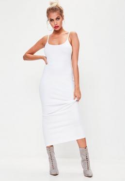 Vestido midi con tirantes de canalé en blanco