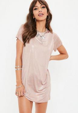 Vestido camiseta iridiscente en rosa