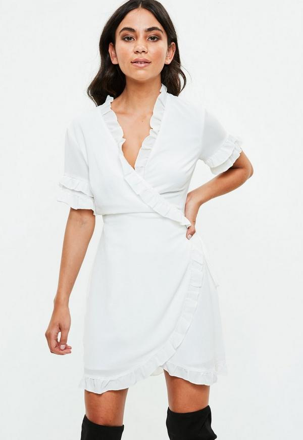 Robe blanche manches courtes