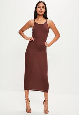 brązowa sukienka maxi na ramiączkach