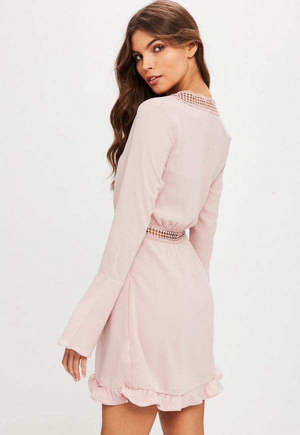 rosa minikleid mit ausgestellten Ärmeln | missguided