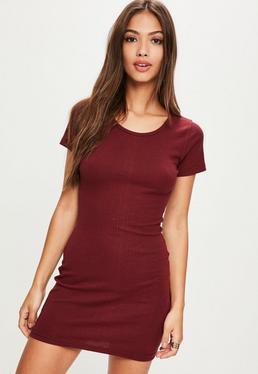 Burgundowa prążkowana sukienka mini