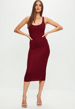 Burgundowa sukienka midi na ramiączkach