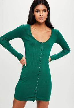 Vestido corto con botones a presión en verde