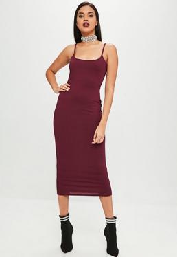 Carli Bybel x Missguided Burgundowa prążkowana sukienka midi