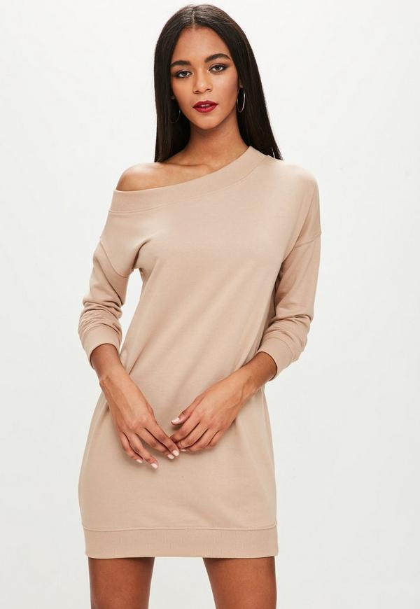 Life is way too short for boring clothes so shop like it's hot and feed your need for sweaters this season. Team with shorts, sheer maxis, tailored pants and skater skirts – the power sweater is back and there is one to suit every outfit look.