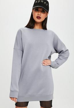 Carli Bybel x Missguided Vestido sudadera oversize en gris