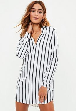 Vestido camisero con escote en v a rayas en blanco
