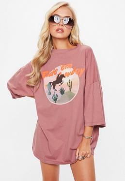 Vestido camiseta cowboy oversize en rosa
