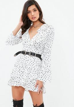 Biała satynowa sukienka w gwiazdki