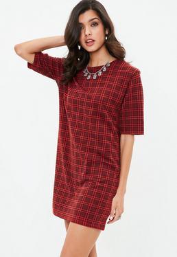 Czerwona sukienka T-shirt w kratę