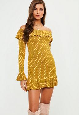 Żółta sukienka z długimi rękawami