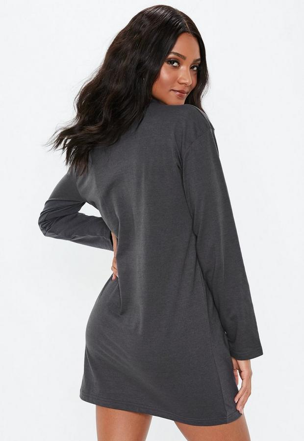 Missguided - Long Sleeve T-Shirt Dress - 4