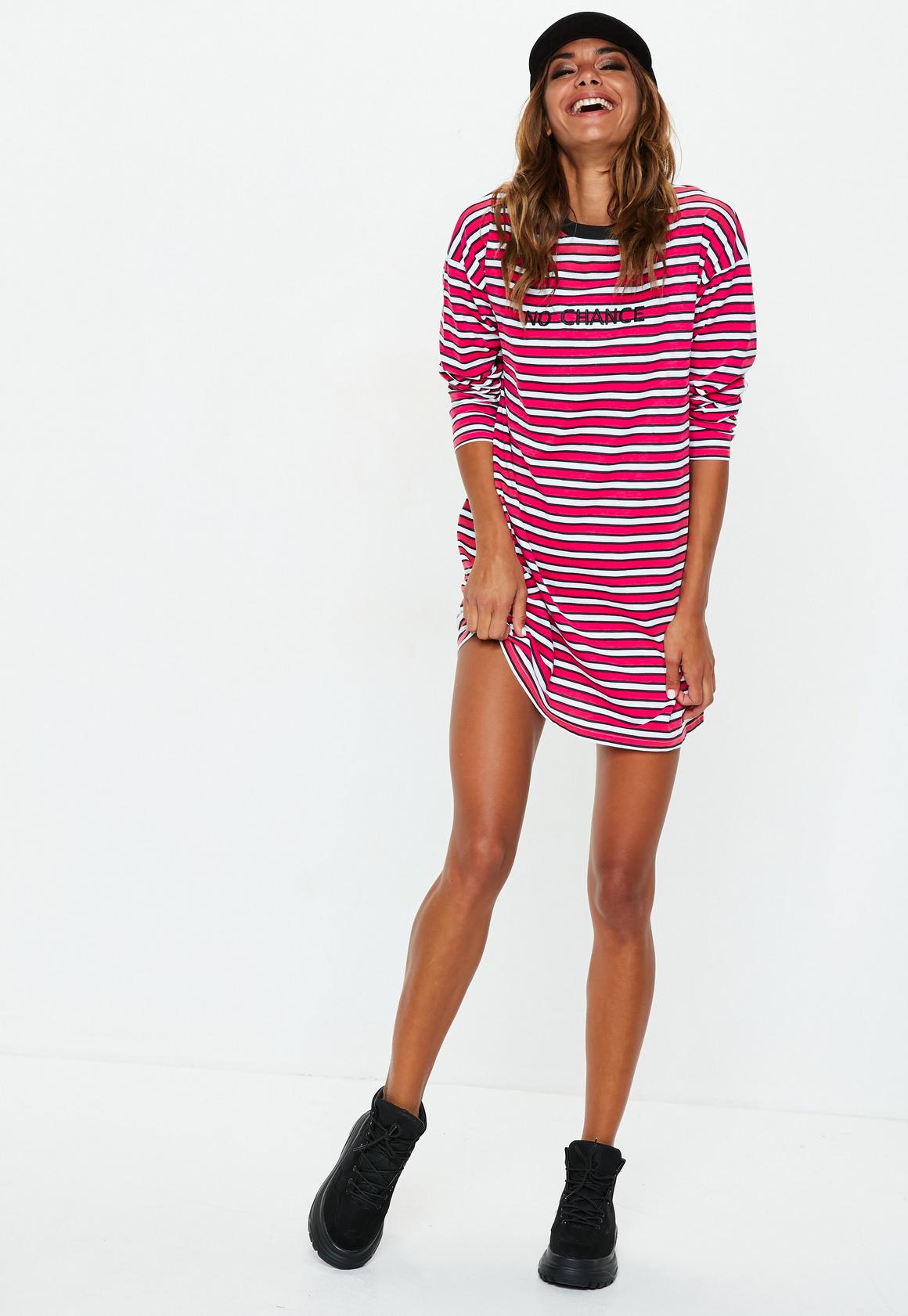 "Missguided - robe t-shirt à manches longues rayée rouge slogan ""no chance"" - 2"