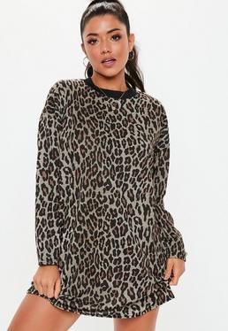 Robe t-shirt à manches longues noire à imprimé léopard 9aacc2389e85