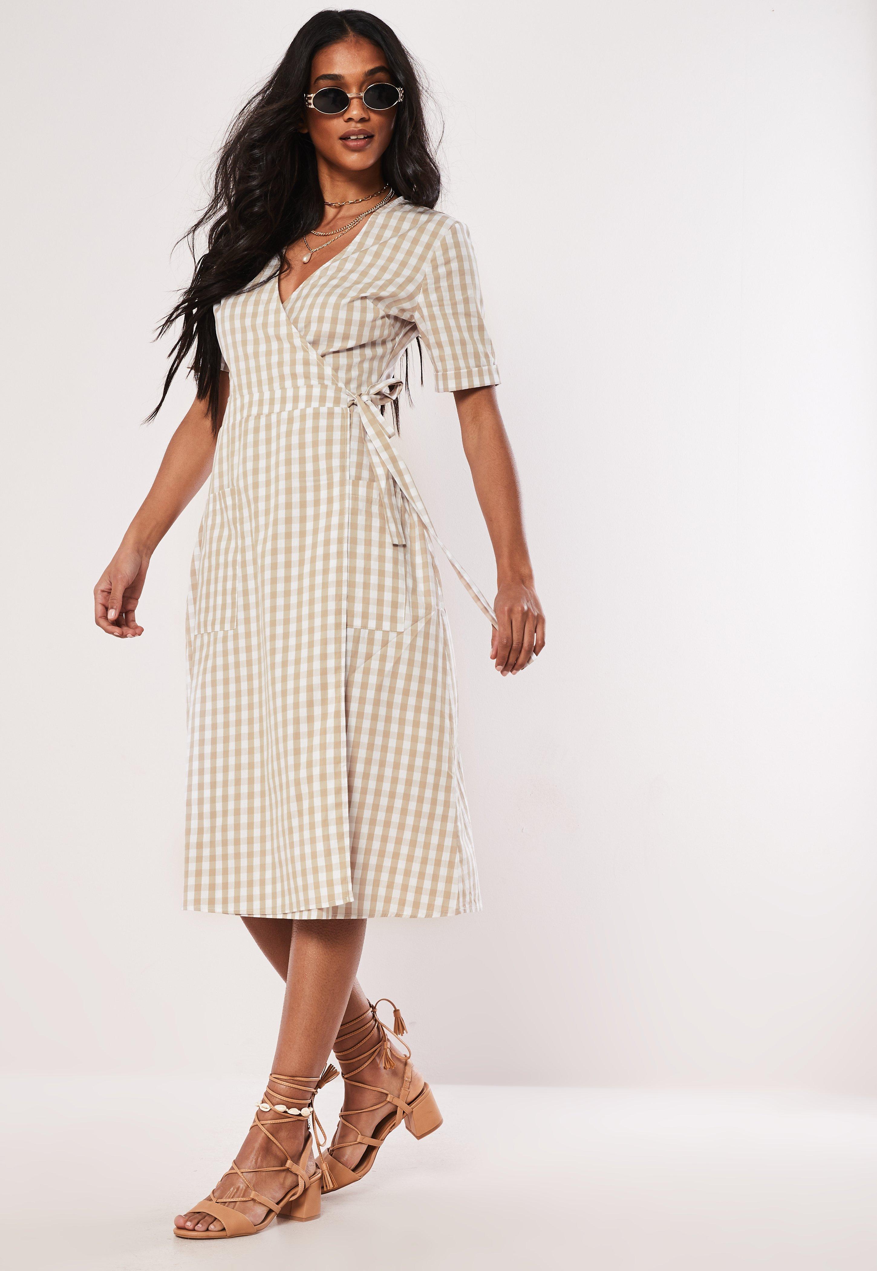 60e85fafdae3b7 Wrap Dresses