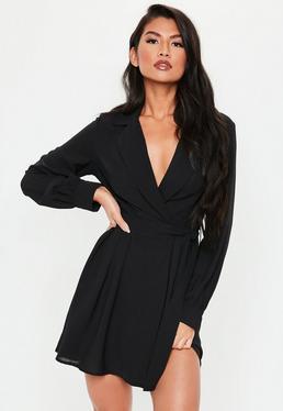 86676952fe1 Robe patineuse noire à bretelles · Robe portefeuille courte noire à col  blazer