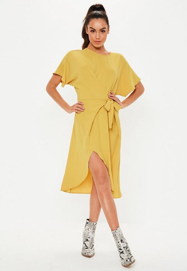 beced5025 Vestido midi atado con manga corta batwing en amarillo mostaza ...