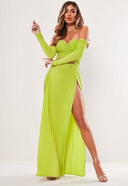 dbf613982c96 ... Robe longue vert citron épaules dénudées