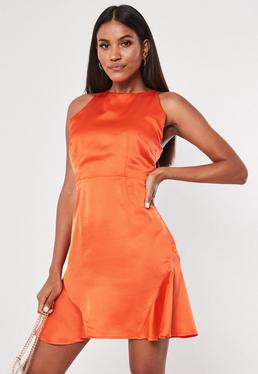 5173ca955c40 Swing Dresses | Floaty Dresses Online - Missguided