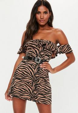 Ржавое платье с плиссированной юбкой с принтом зебры